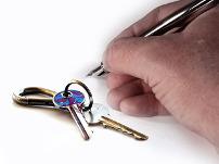 Mietvertrag: Übergabe des Hausschlüssels